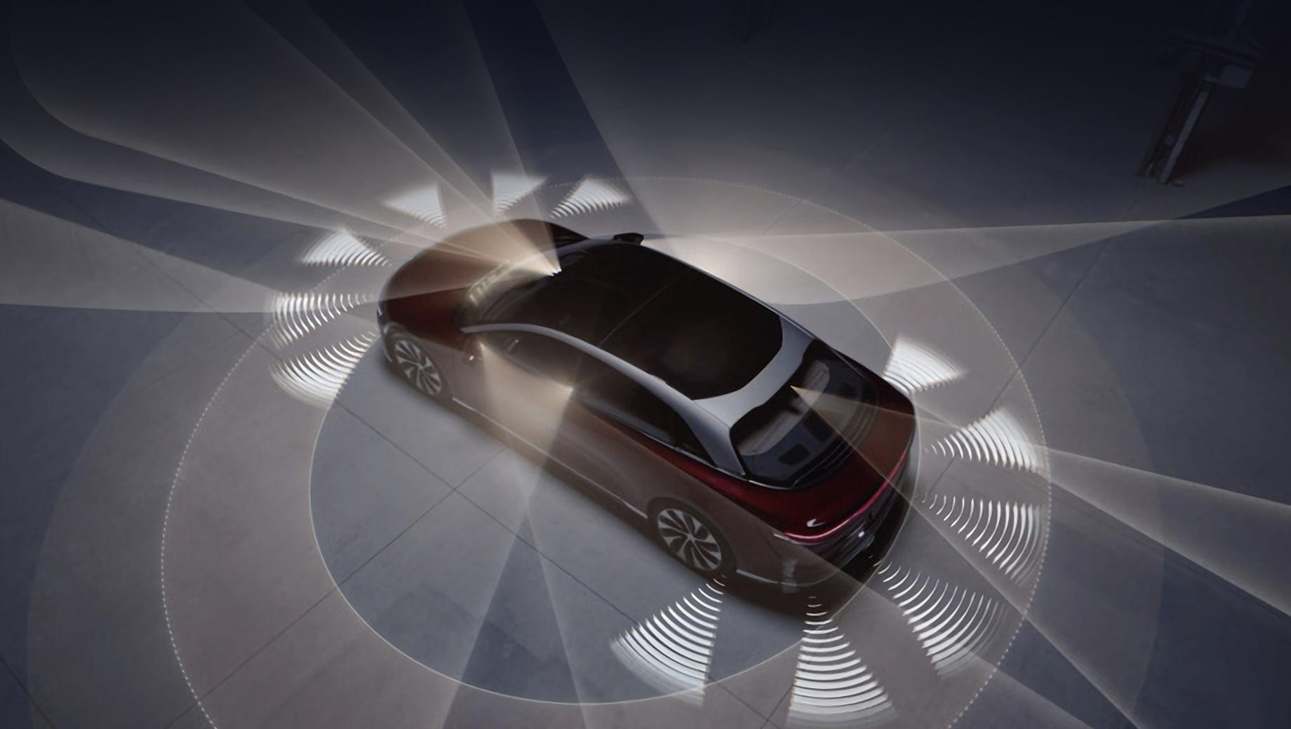 Фирма Lucid, готовящая к премьере «батарейный» седан Air, поделилась роликом о своей системе DreamDrive. Функция автономного управления должна стать соперником Tesla Full-Self-Driving и будет доступна с самого начала продаж.