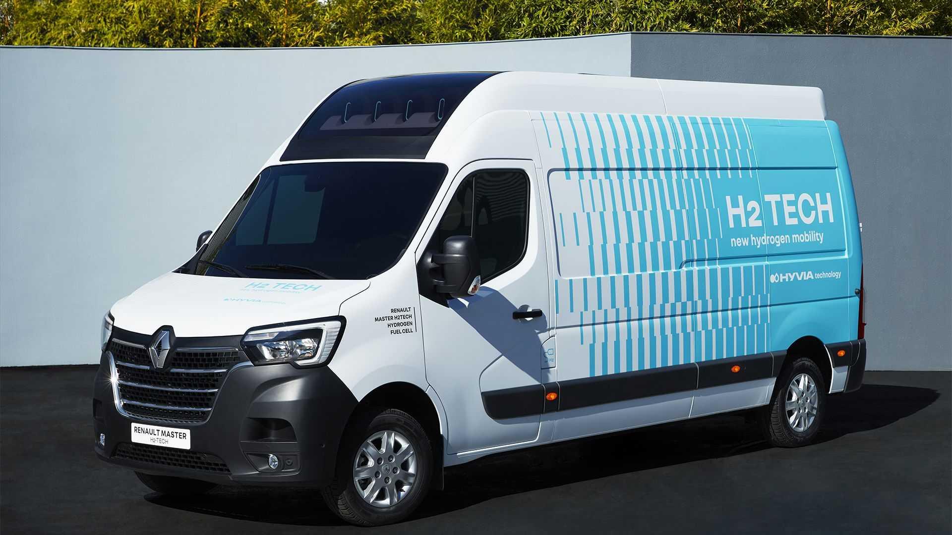 Уже в следующем году в продаже появится Renault Master на топливных ячейках. Проект создан совместным предприятием HYVIA, образованным «Рено» и Plug Power. Вместе с фургоном были представлены и водородные станции (про них в видеоролике).