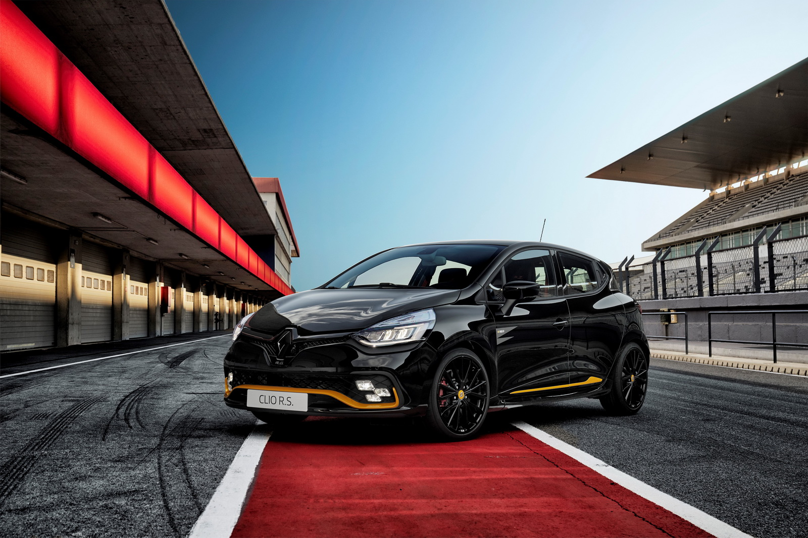 Renault Sport, a subdivision of the worldwide known French car company Renault, has posted an image of a facelifted Renault Clio R.S. sporty high-end hatchback