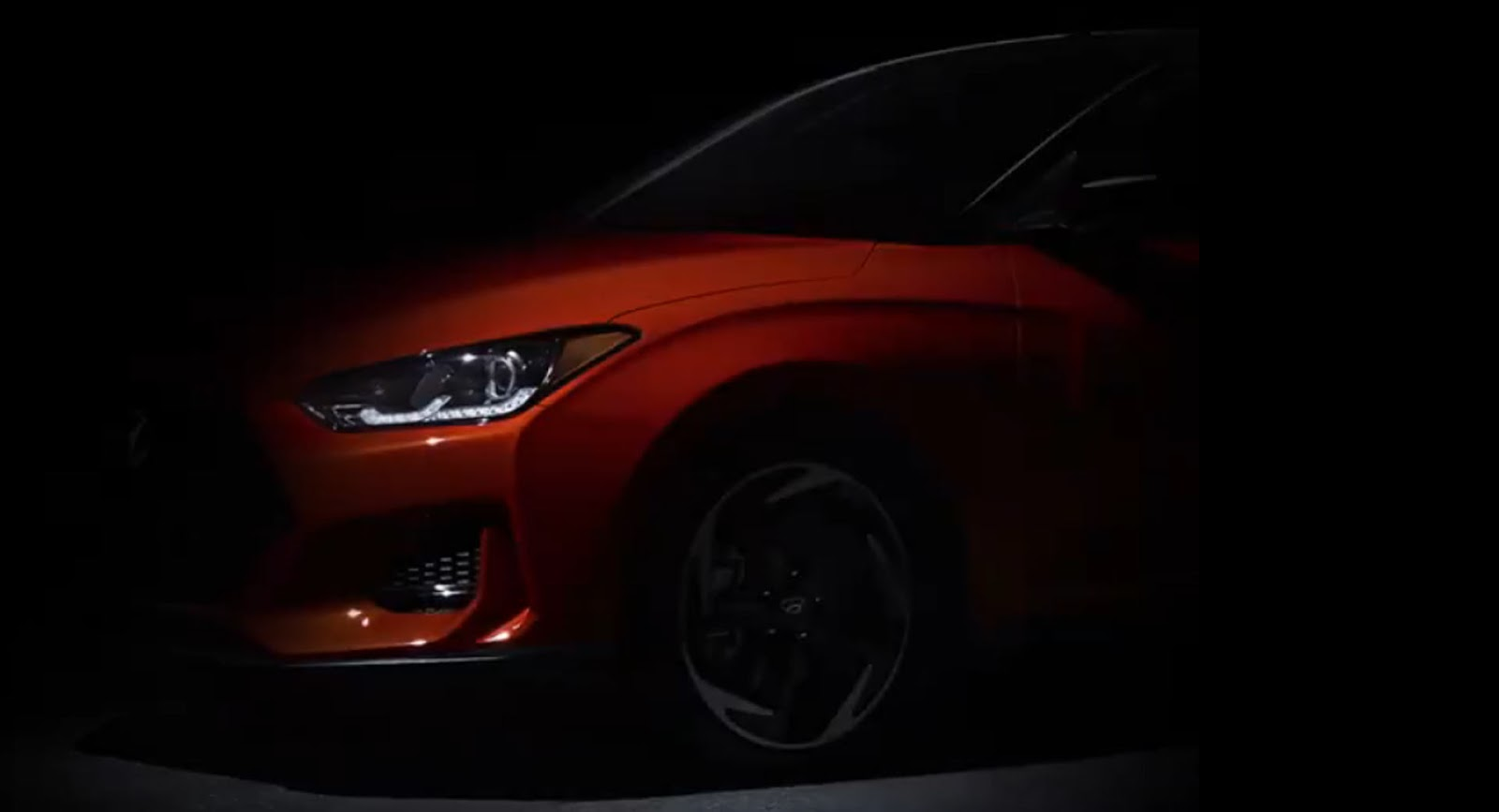 Hyundai has posted another teaser video of its next-gen Veloster hatchback, together with a confirmation that it would be officially revealed at the Detroit Motor Show 2018 starting next week