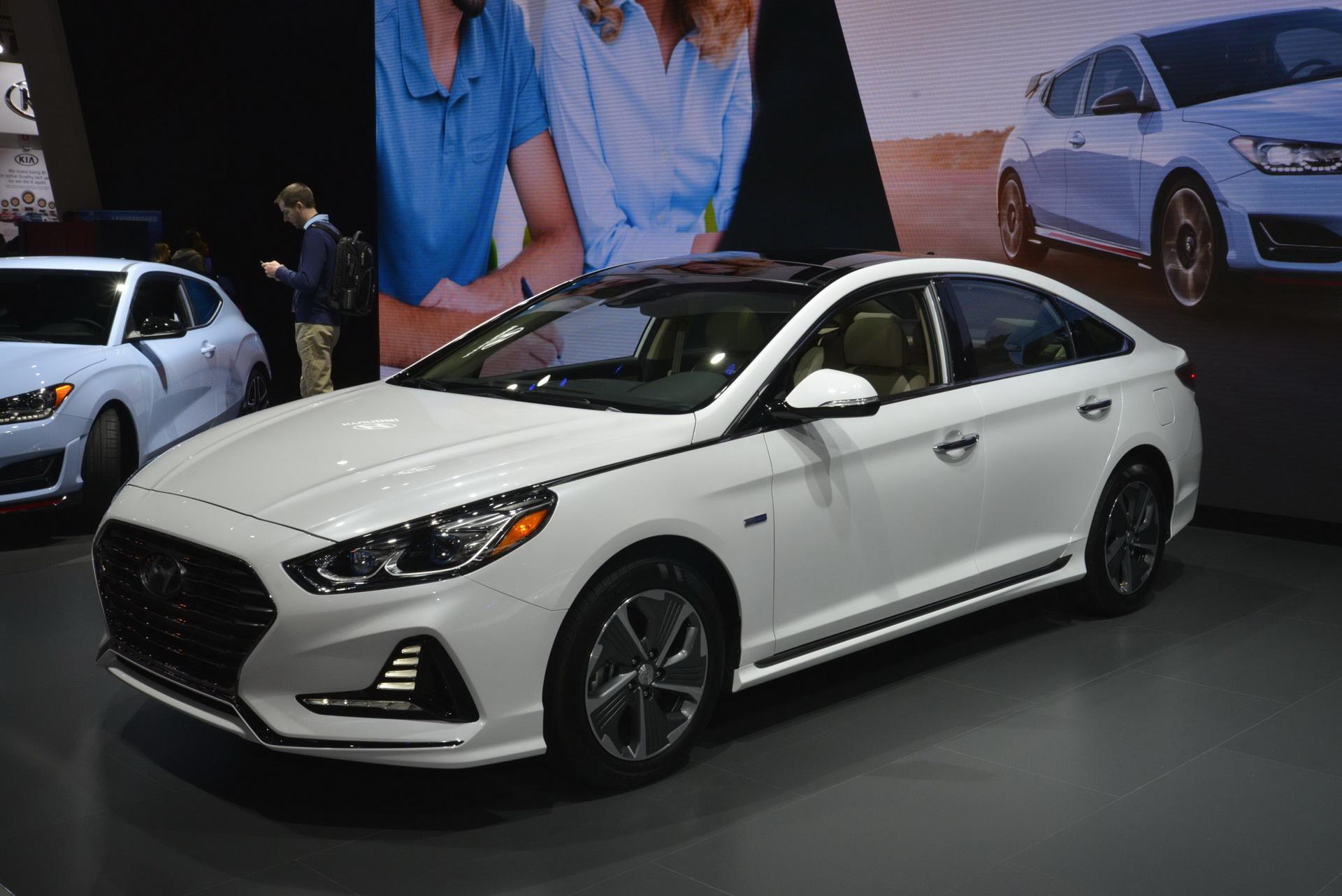 На рынок машина выйдет ближе к середине года