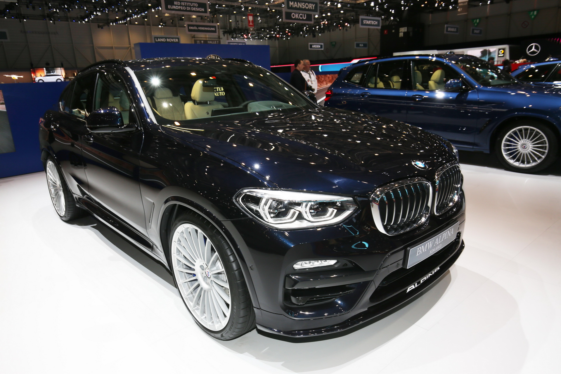 The vehicle is based on the latest-generation BMW X4, comes with a stronger engine and can be purchased at € 80,000 and above