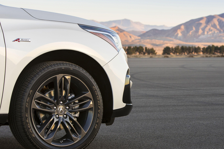 Известно, что продажи авто начнутся в середине будущего года