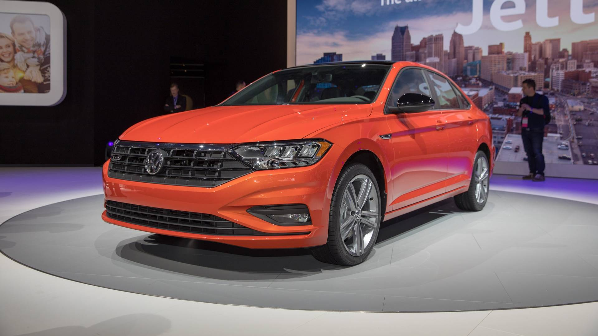 Compared to its less athletically-inclined counterpart, the new VW Jetta GLI will come with reworked suspension and the same 2.0-liter, 220-horsepower V4 engine with we've already seen on the Golf GTI
