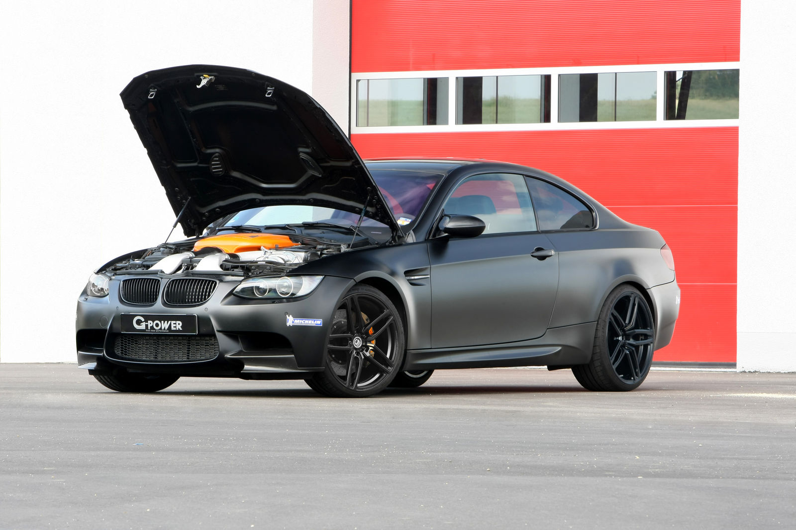 The 35 Jahre Edition package comes with a neat engine performance boost and costs €2,999 to buy and install