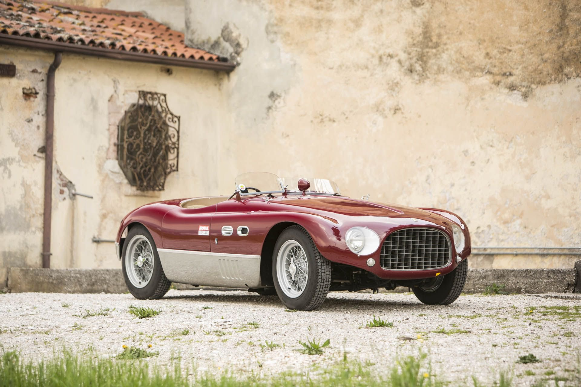The auction house Bonhams will soon put up a unique 1953 Ferrari 625TF roadster for sale at between €4.5M and €6.5M