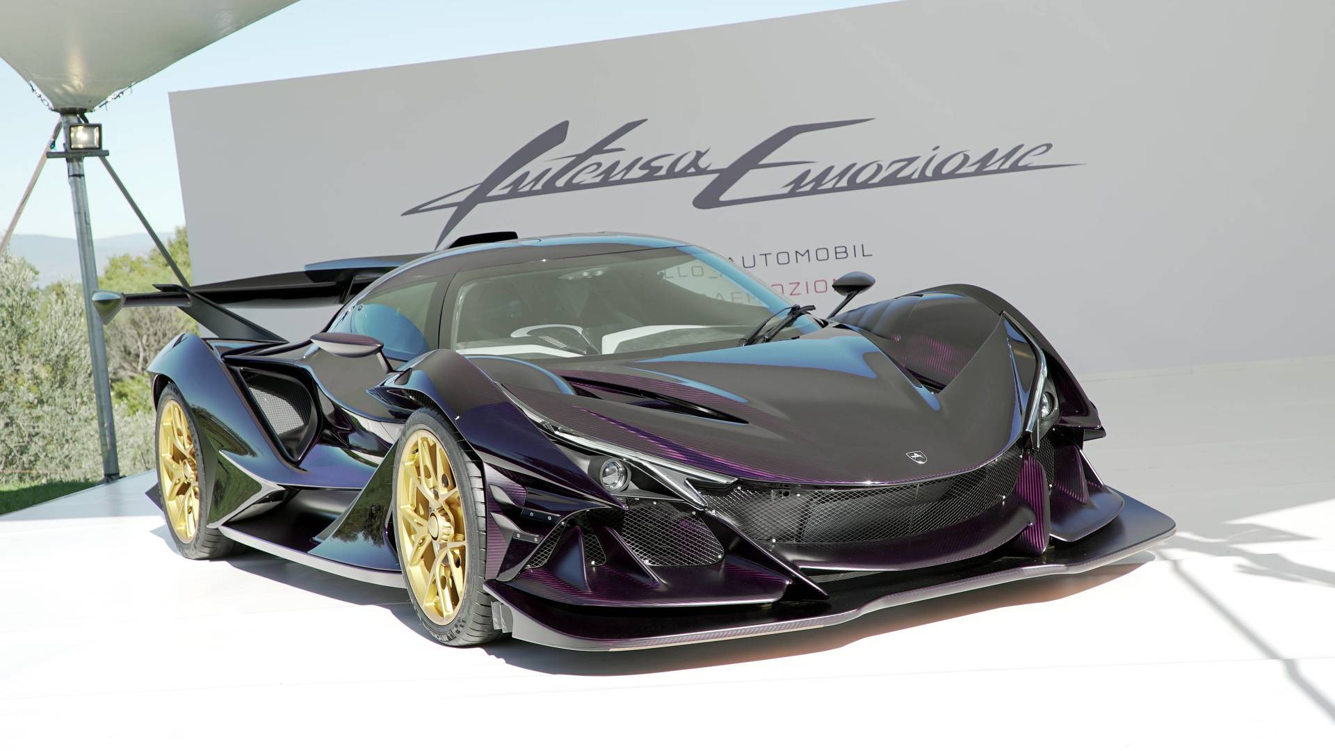 A YouTube user has recently uploaded a video showing an extremely rare Apollo IE Purple Dragon hypercar riding the streets in Monaco
