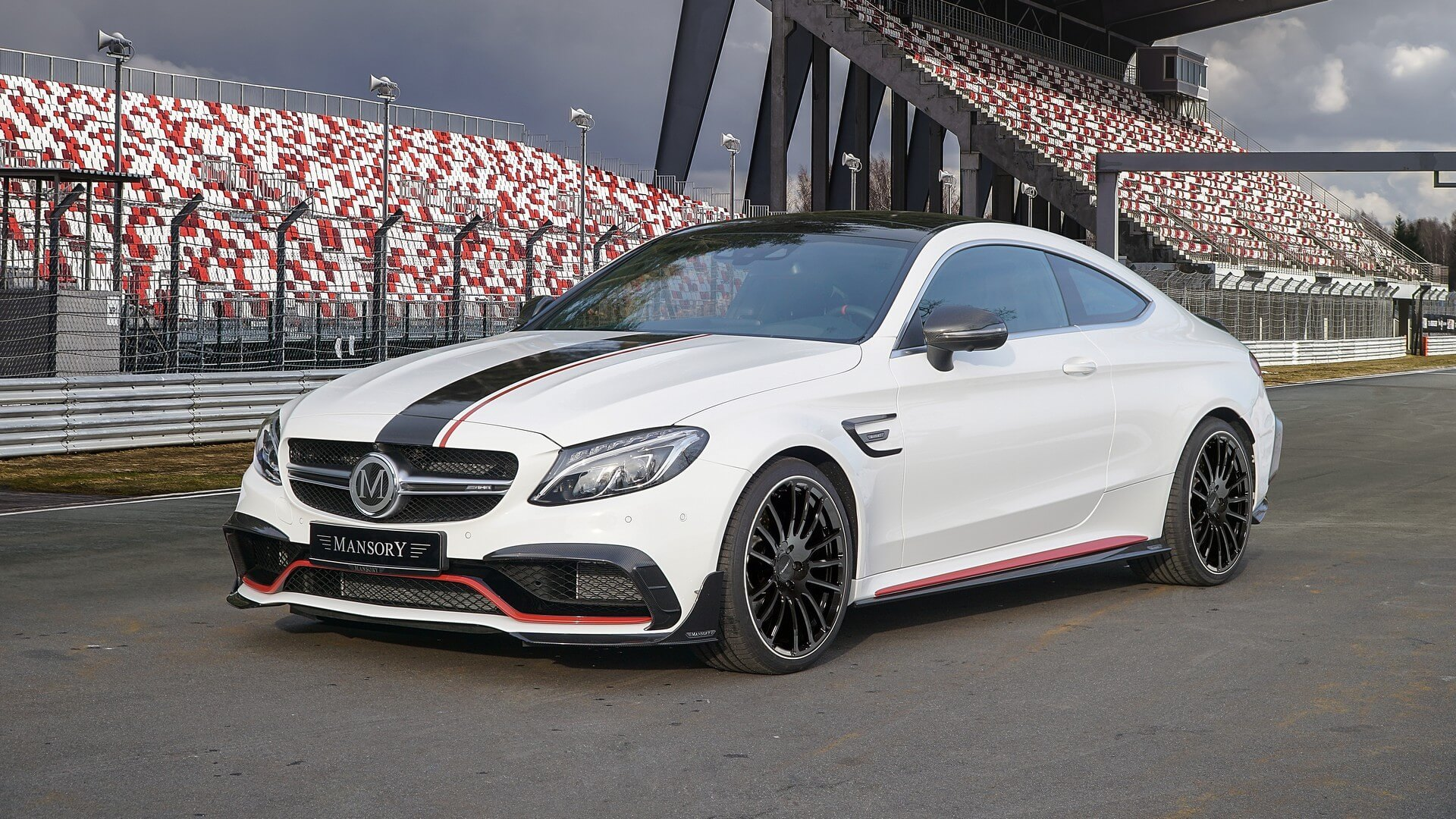 The famous car design atelier Mansory has released an extensive upgrade kit for the Mercedes-AMG C 63 coupe
