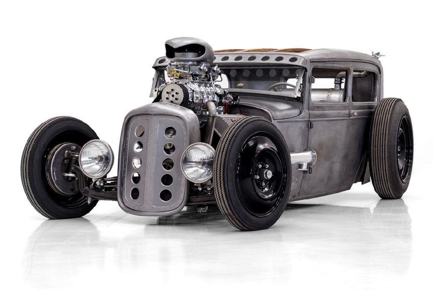 The team began with a shortened body of a vintage 1931 Ford Model A