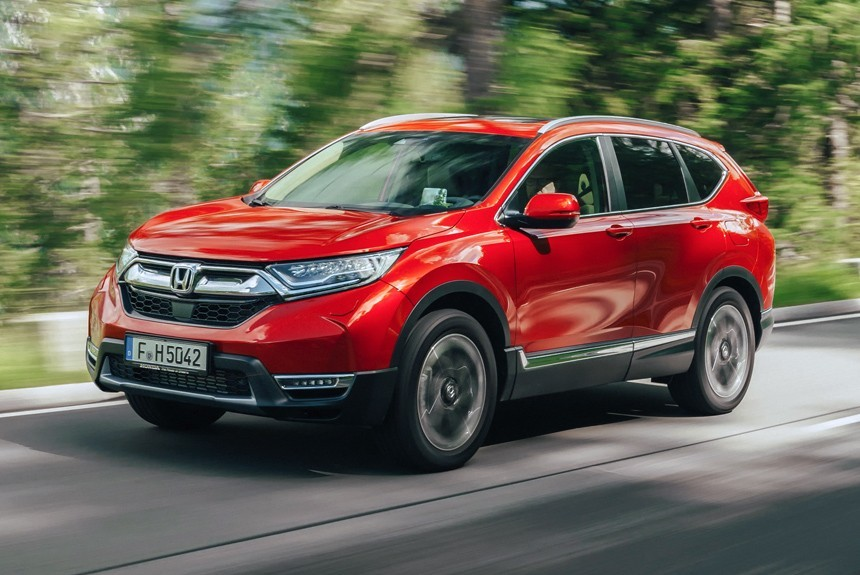 The European variant of the Honda CR-V has its own headlight and radiator grille design