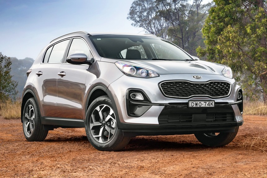 Kia showed us some photos of its sporty, top-spec SUV named Sportage GT-Line this spring