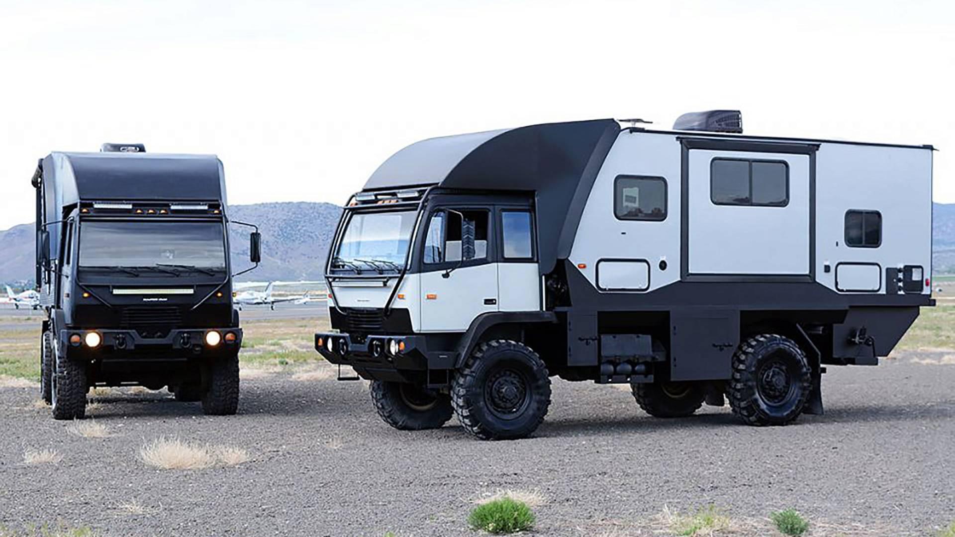 Внешне автомобиль легко перепутать с боевой пехотной машиной, предназначенной для бездорожья